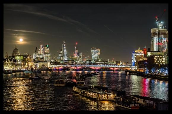 london-at-night